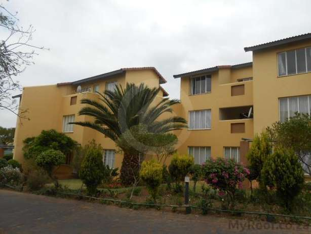 Two bedroom flat for Rent in Northgate Northgate - image 2