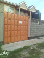 THREE(3) Bedroom House to let AT EMBAKASI East KWA NDEGE -Mansionatte