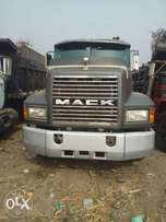 Mack ch clean truck for sell