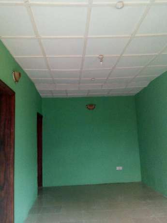 Lovely renovated 2 bedroom flat all tiles floor wardrobe at Baruwa Alimosho - image 3