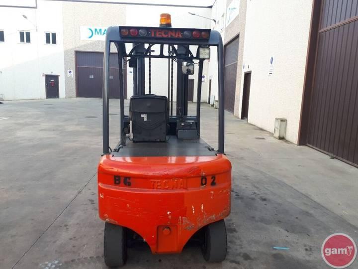 Tecna 2500 KG forklift - 2008 - image 3