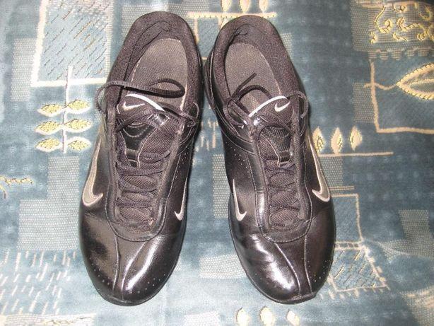 Кросівки NIKE  300 грн. - Жіноче взуття Рівне на Olx 06019dcfca809