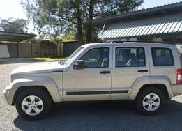 Jeep Cherokee 3.7 Sport for sale
