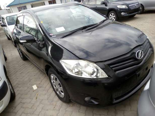 New import new number Toyota Auris Black Fully loaded Mombasa Island - image 3