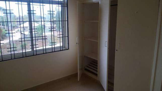 Super spacious 3 bedroom apartment 30,000/=ksh per month Nyali - image 5