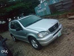Mercedes benz ML320