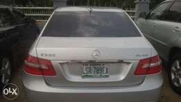a neatly used mecedes benz 2010 model
