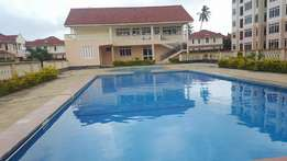 Spacious 4 Bedroom Mansion in a gated community estate