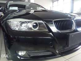 320i BMW low mileage