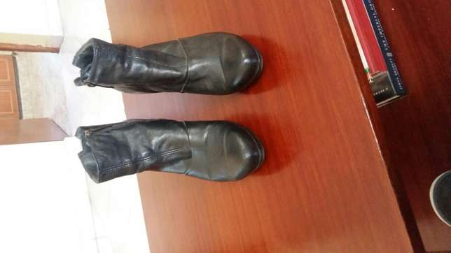 Black Leather boots South B - image 4