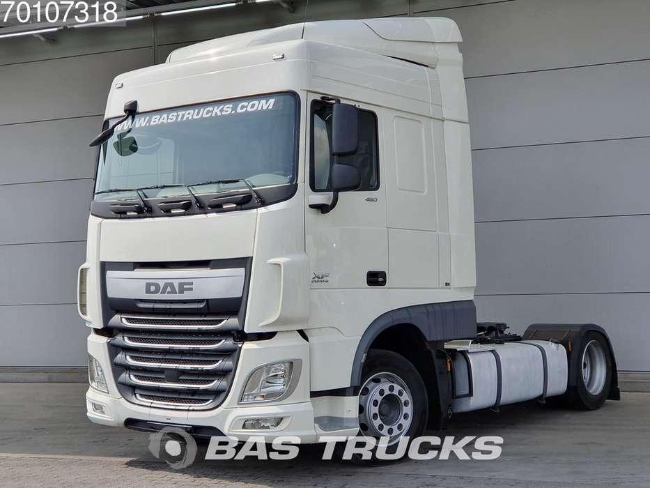 DAF XF 460 4X2 Mega Euro 6 - 2014