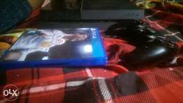 Ps4 + fifa 18 and 1pad for sale