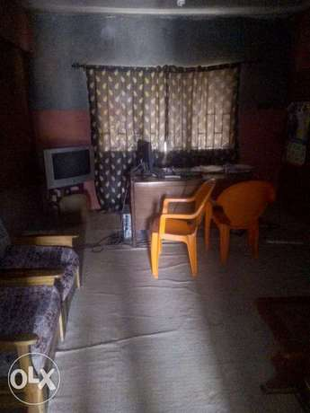 Already equipped office for leas Ibadan North - image 5