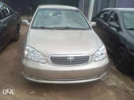 Special 2005 Toyota corolla (gold)
