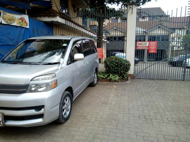 Toyota voxy for sale South C - image 2