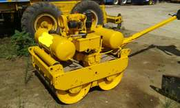 Bomag Bw90 push behind smooth drum roller
