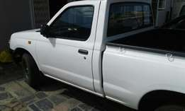 Nissan hard Body 2007 for sale by owner
