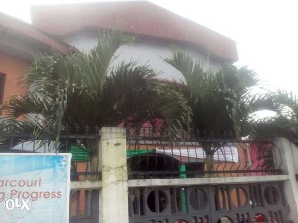 Standard hotel at GRA Phase 11, on Woji road up for sell Port Harcourt - image 1