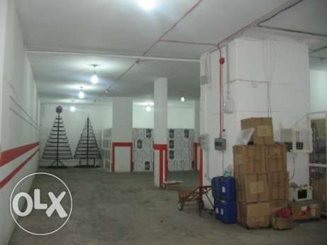 warehouse 1000 sqm for sale or rent in Baabda