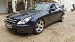 Super clean Mercedes-Benz CLS 350 (2010) with double sun roof.
