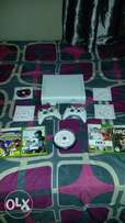 Xbox 360 With 2 controls an 15 Latest Games