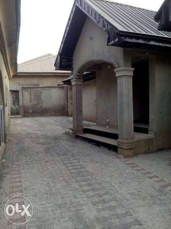 Newly built 2 bedrooms apartment for rent in Elebu, off akala express Ibadan South West - image 3