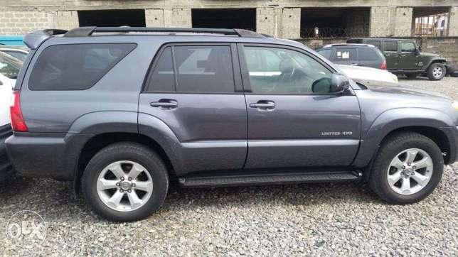 Toyota 4Runner, 2007, Leather Seat. LIMITED. Very OK To Buy From GMI. Lagos - image 4