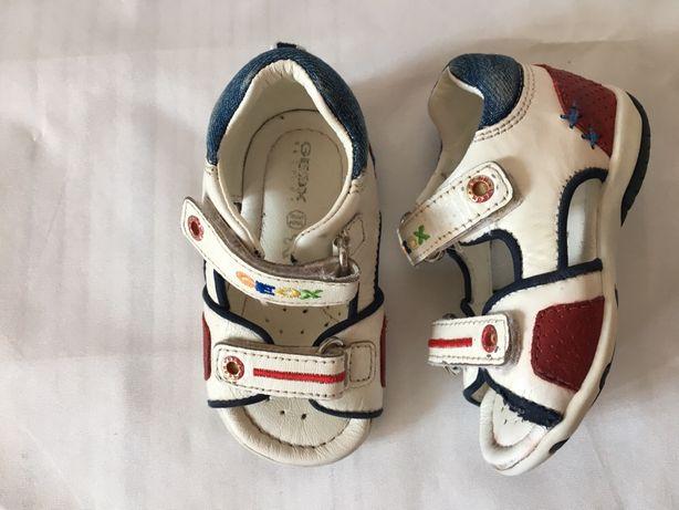 2c3b962e3 Детские босоножки Geox: 400 грн. - Детская обувь Киев на Olx