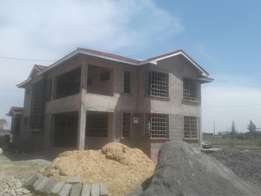 Syokimau 4 bedroom 50*100 ready title