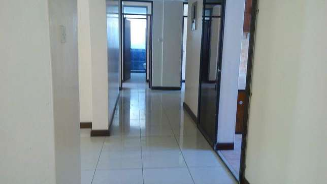 Executive 3 bedroom apartment for rental in prime part of nyali Nyali - image 2