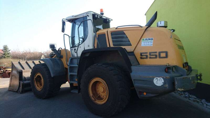 Liebherr L 550 - 2012