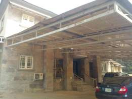 Beautifully serviced 2 bedroom apartment for rent at wuse zone 6