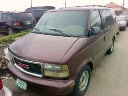 GMC Safari Bus 2001