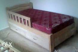 3by6 infant beds with guard & drawers