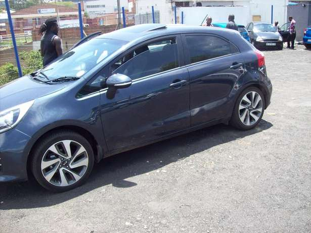 Kia Rio 1.5 2016 Model,5 Doors factory A/C And C/D Player Johannesburg CBD - image 3