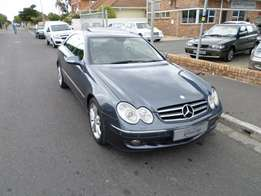 2007 Mercedes CLK350 Coupe Avantgarde Automatic Stunning