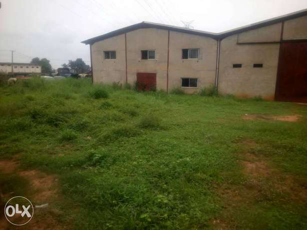 Warehouse for sale at Onitsha Onitsha South - image 1