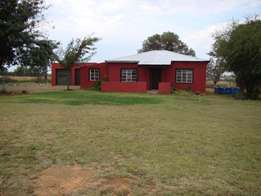 4,2 Ha Smallholding with 3 bedroom house