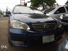 Extremely clean Toyota corolla 2004