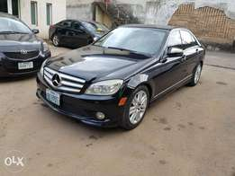 Extremely clean Mercedes Benz 08model