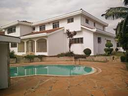 Runda 5 bdrm double storey house : To let