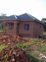 Nice house in Maganjo lukade rd at 50m