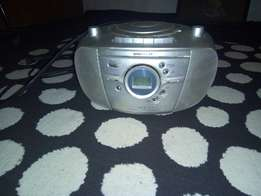 A comfortable bassboosted radio