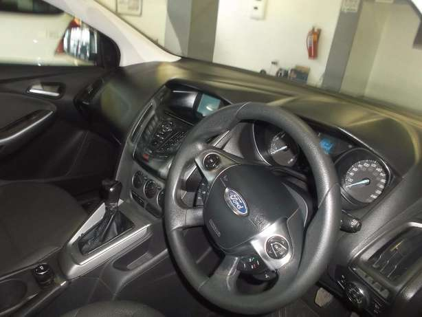 Pre Owned 2012 Ford Focus 1.6 t/l Johannesburg - image 7