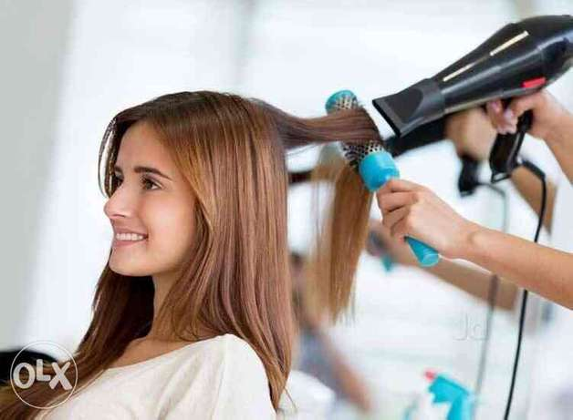 Beautician for ladies home service!
