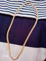 Cuban link necklace urgent sale,