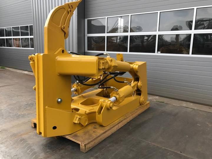 Caterpillar D8T D8R D8N SS-Ripper with Pin Puller - 2018