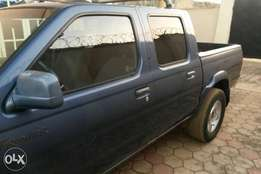 Very neat Nissan frontier pickup, buy and drive
