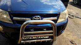 Excellent year 2006 Toyota Hillux Double cab
