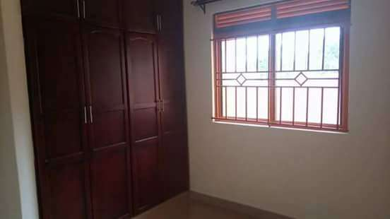 Charming two bedrooms for cheap rent in Kyaliwajjala Wakiso - image 8